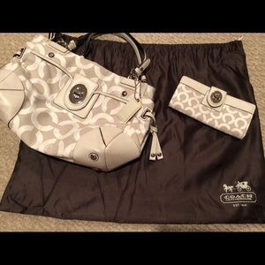 Authentic Coach purse and matching wallet!